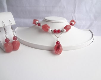 Cherry Quartz White Coral Necklace with Earrings