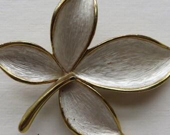 Vintage J.J. Brooch Vintage Leaf Brooch in Gold and Siver Tone Vintage Jewelry Costume Jewelry J.J. Gold and Silver Tone Pin - J.J. Jewelry