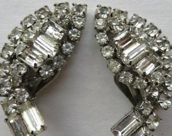 Vintage Kramer Earrings Vintage Rhinestone Earrings Vintage Jewelry Costume Jewelry - 1950's Rhinestone Earrings - Clip On Earrings