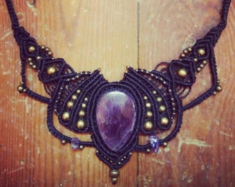 Necklace macrame and Amethyst