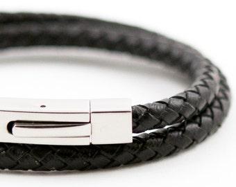 ELESSANDRO - Black Snake