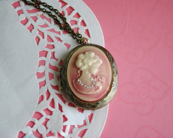 Pink cameo pendant necklace