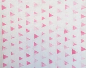 Crib sheet, pink triangle print, fitted crib sheet, baby girl nursery, baby girl bedding, pink