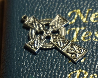 small sterling silver Celtic cross