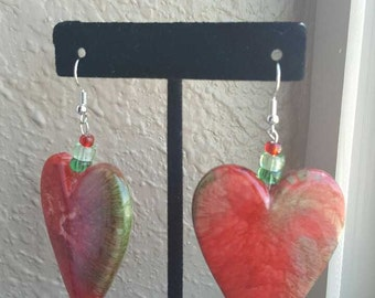 Love, red and green blend heart dangle earrings