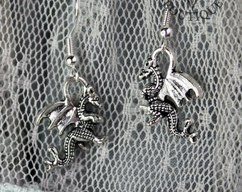 Gothic, fantasy, dragon, drop earrings in antique silver finish (Code ESP004)