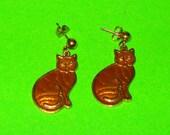 Vintage 1970s Cat Lady Gold Enamel Kitten Kitty Drop Dangle Earrings