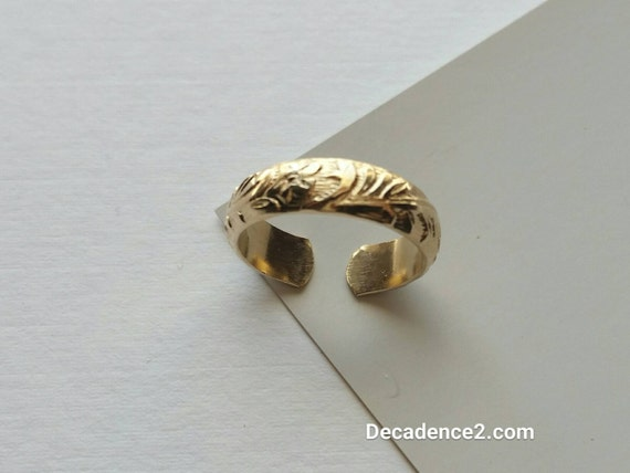 Wide Floral Gold Filled Toe Ring, Foot Bling
