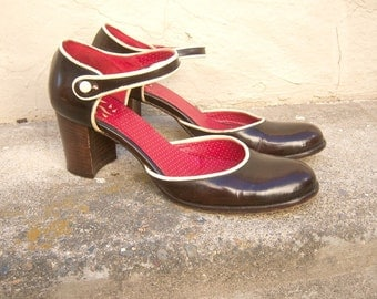 90's mary janes / chunky heels / ESPRESSO brown leather, ankle strap, ivory trim / Hegos, Italy / 38 7 7.5