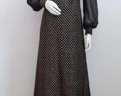 Vintage Evening Dress Black Gold Metallic Full Length Maxi XMAS Party Chiffon Sleeves A-Line 70s UK 14