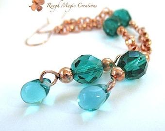 Extra Long Boho Earrings. Emerald Green Teal Earrings. Shoulder Duster Earrings. Glass Teardrop Bead. Copper Chain Dangles. Bohemian Jewelry