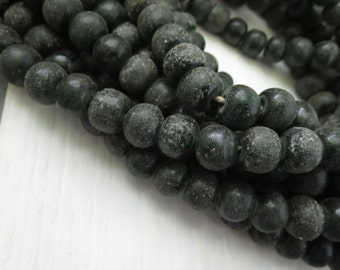 rustic round lampwork glass beads , matte and glossy black - green, textured and  gritty beads , indonesian  9 to 11mm  / 12 pcs - 5bb45-3