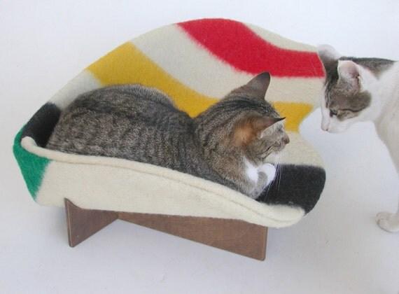 Retro Modern Pet Bed In Wool Stripe Hudson 39 S Bay Point