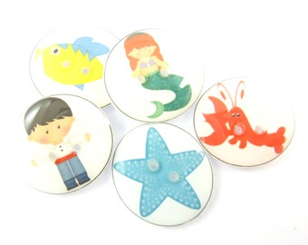 """5 Little Mermaid Buttons. Children's Buttons.  Fairy Tale Buttons.  Sea Life Buttons.  Buttons for Crafting  3/4"""" or 20 mm Round"""