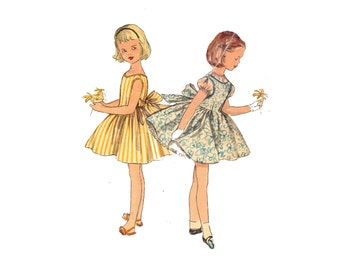 1950s Girls Dress and Jumper Pattern Puff Sleeve Blouse Jumper Petticoat Sleeveless Easy Sew Simplicity 1439 Size 2 Vintage Sewing Pattern
