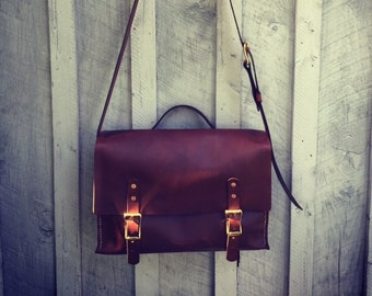 Leather Courier Bag / Handcrafted / Leather Bag / Leather Crossbody Bag / Minimalist Leather Bag /