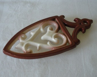 Vintage Shiny Glazed Ceramic TRIVET Wall Hanging Brown & Creme Colors Hot Pad Plate Kitchen Decor