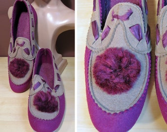 Vintage 1930s Purple Felt Bedroom Slippers with Pompoms Sz 6.5