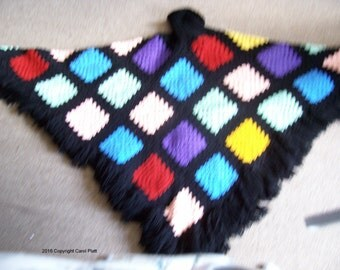 Glass Stain Poncho, Crocheted and Knitted Pattern
