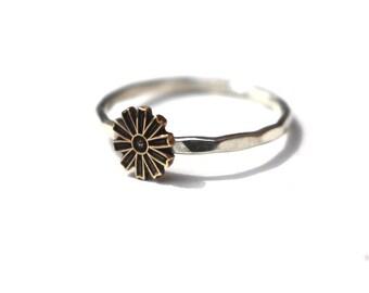 Boho Flower Ring, Stack Ring, Midi Ring, Flower Ring, Spring Ring, Pinwheel Flower Ring, Sterling Silver, Silver Ring, Hammered Band,