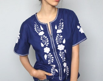 a bird at the window -- vintage indigo and white embroidered top size S/M