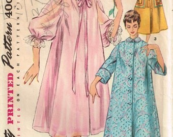 """Vintage Robe, Housecoat or Peignoir Sewing Pattern Simplicity 4972 Misses Size 14 Bust 32""""  inch Mandarin and Peter Pan Collar"""