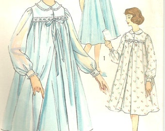 Vintage 0s Simplicity 2777 Misses Peignoir,  Robe and Nightgown Sewing Pattern Size 16 Bust 36