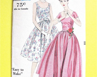50s One-Piece Dress  Vogue 9899 Fitted Bodice Full Skirt  from the year 1959 Vintage Sewing Pattern