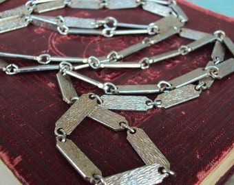 Vintage Long Chain Necklace 1960s Bar Medallion Antique Silver Layered Gypsy Linked Chain Versatile Modernist Style Costume Jewelry