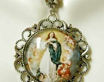 Immaculate conception pendant and chain - AP25-046