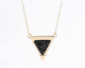 Black Stone Triangle Necklace, Crystal Gold and Black Necklace, Druzy Necklace Drusy, Black and Gold Jewelry, Layering Jewelry Triangle