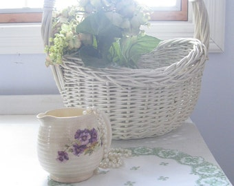 Doily, Green and White, Eyelet, Doily, Round,  Cottage Charm, French Country, Centerpiece, Basket Liner, Shabby, by mailordervintage on etsy