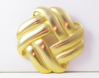 Vintage Don-Lin Satin Gold Tone Celtic Knot Brooch Pin (B-4-2)