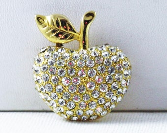 Vintage Signed DT Gold Tone Clear Rhinestone Apple Brooch Pin (B-3-4)