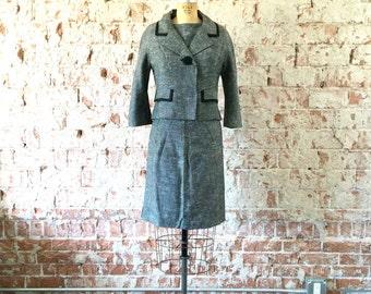 1960s Suit Dress Grey Knit Separates Top Skirt Jacket Set Jackie O XS/S