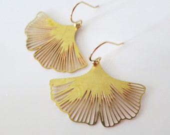 Gold Ginkgo Earrings,Boho Wedding,Gifts for Her,Leaves Earrings,Raw Brass Leaf Earrings,Nature,Ginkgo Leaf Earrings,Nature Woodland Jewelry