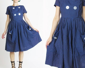 Vintage 1950s Day Dress Purple Checkered Dress Cotton Gingham Dress Full Skirt Big Buttons Patch Pockets Retro Short Sleeve Dress (S) E399