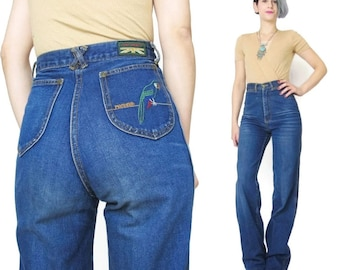 1970s High Waist Embroidered Jeans Vintage Pentimento Jeans Straight Leg Womens 70s Jeans Parrot Whiskered Soft Worn In Jeans 25 Inch (XS)