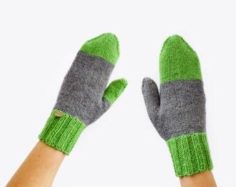Knitted Mittens. Wool Mittens. Winter Gloves. Warm Mittens, Asymmetrical