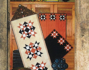 CLEARANCE   Harvest Table Quilted Table Runner Pattern   Liberty Homestead    Table Runner Place Mats