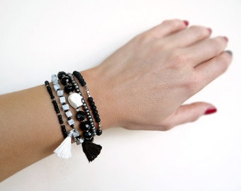 Boho Bracelet Set, Unisex Beaded Bracelets, Stacking Bracelets, Black and White Bracelets