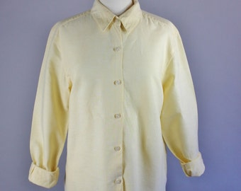 Vintage 90s Women's Pastel Yellow Linen Cotton Long Sleeved Button Down Spring Summer Shirt Blouse