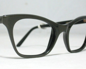 Vintage 60s Cat Eye Glasses. Gold/Gray on Top of Black