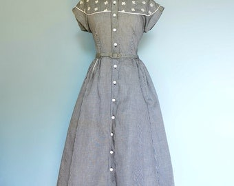 Vintage 1950s Day Dress...JUNIOR TOWN Tiny Black and White Gingham Dress Medium