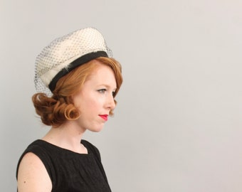 1960's Feather Pillbox Hat / Black and White / 60s Mod Veiled Hat