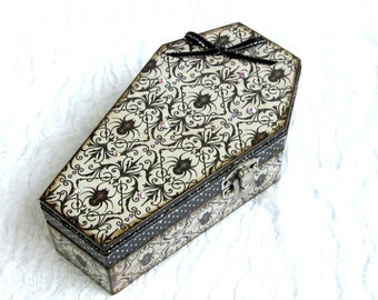 Small Spider Coffin Box Halloween Ring Box Gift Box Trinket Box Goth Gothic Decoupaged Crystal Decorated Black Spiders