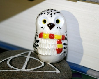 Hedwig the Snowy Gryffindor Owl: Harry Potter Inspired Owlery Clay Miniatures Totem