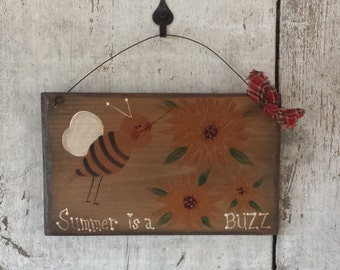 Primitive Country Summer Bee Decor Is A Buzz