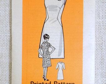 Vintage pattern Anne Adams 4518 1960s seam interest dress A LIne Bust 34 Sewing Mod Groovy 1960s figure flattering Sewing
