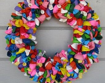 Balloon Wreath, Birthday Wreath, Birthday Decorations, Summer Wreath, Spring Wreath, Door Wreath, Outdoor Wreath, Door Decorations